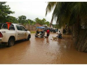 Evacuaron a damnificados por desborde de río Huallaga