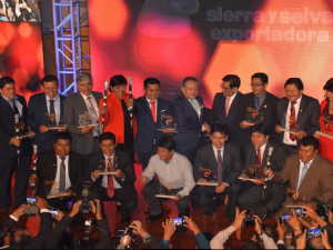 Autoridades del Alto Huallaga logran premio nacional de alcaldes productivos
