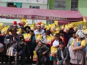 Ayacucho: Adultos mayores agasajados por navidad en Jesús Nazareno