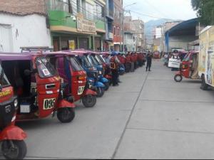 """Ayacucho: Presentan el programa """"Moto Taxi Seguro"""" en Jesús Nazareno"""