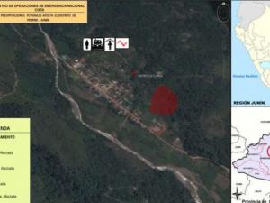 Junín: Dan ayuda humanitaria a afectados por huaico en distrito de Perené