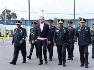 Ministro Basombrio resalta desempeño policial durante el 2017