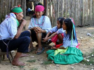 Ucayali: Adultos mayores divulgaron saberes ancestrales en Padre Abad