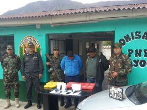 Vraem: Detienen a dos personas tras hallar 15 paquetes de cocaína