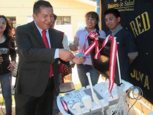 Ayacucho Inauguran moderno equipo médico en Vilcas Huamán