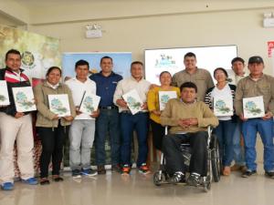 Reconocen a agricultores que participaron en conservación de bosques