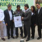 Huánuco: Entregaron 853 títulos de propiedad a agricultores en Pachitea