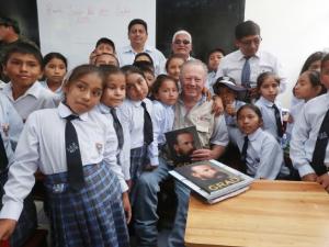 Ministro de Defensa dio inicio al año escolar 2018 en colegios del Vraem