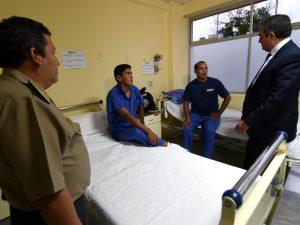 Ministro del Interior visitó a policías que fueron heridos durante operativo antidrogas en Ucayali