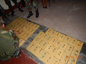 Policía incauta cargamento de cocaína ilegal en Satipo