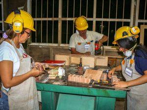 Pucallpa: Incrementan oferta de productos con madera residual