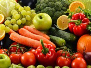 Peruanos tienen deficiencias de salud por falta de consumo de frutas y verduras