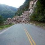 Junín: Trabajan en restablecimiento de vía interrumpida por derrumbe