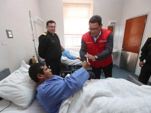 Ministro de Defensa visitó a militares heridos del Vraem