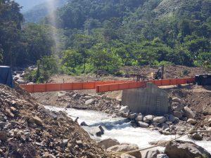 Monzón: Inician instalación de puente sobre el río Tazo Chico