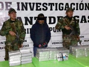 Capturan a sujeto con 66 paquetes de cocaína en Puno