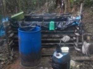 Destruyen laboratorio rústico de droga en Ucayali