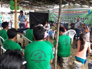Huánuco: Cacaoteros de Puerto Inca se gradúan en escuelas de campo