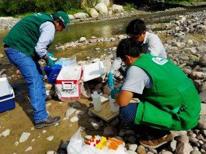 Monitorean fuentes y recursos hídricos de Ayacucho