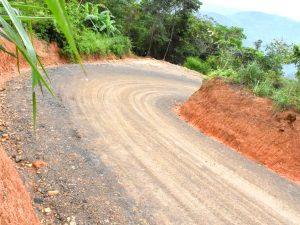 Vraem: Entregan carretera en Río Tambo para beneficiar a 200 familias agricultoras