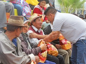 Ayacucho: Agazajo edil para adultos mayores en Jesús Nazareno