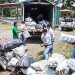 Devida promueve reciclaje para conservar fuentes de agua y campos de cultivo limpios