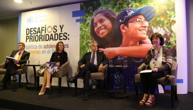 """Sistema de las Naciones Unidas en el Perú presentó el estudio """"Desafíos y Propuestas: política de adolescentes y jóvenes en el Perú"""""""