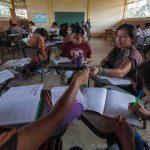 Jóvenes del Bajo Urubamba se benefician con programas de educación