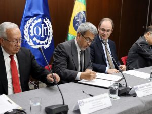 Perú firmó acuerdo con Brasil y la OIT para promover trabajo decente en producción algodonera