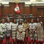 Congreso otorga reconocimiento a maestras artesanas del Bajo Urubamba