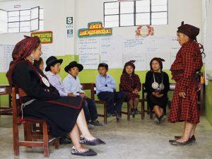 Adultos mayores forman parte de programa de revitalización de lenguas maternas