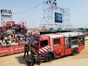 Equipo holandés del Rally Dakar donó camión contraincendios a bomberos