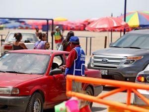Municipalidades no publican ordenanzas sobre cobros por parqueo en playas