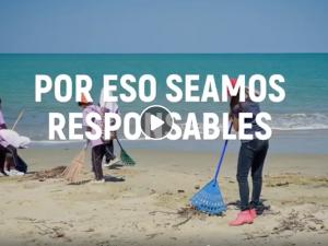 """Veraneantes y comerciantes se convierten en """"SalvaPlayas"""" para mantener playas limpias"""