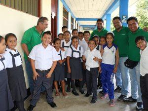 Devida levantó información que contribuye con inicio de año escolar en zonas de poserradicación