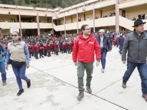 Huancavelica: 120 mil alumnos inician año escolar y reciben saludo del gobierno