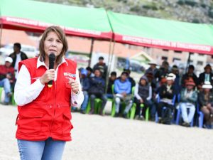 """Ministra Bustamante: """"Sentaremos las bases de un desarrollo real de Cotabambas"""""""