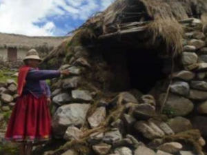 Reubican a familias damnificadas por lluvias en Apurimac