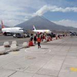 Establecen límites máximos permisibles de ruido generado por aeronaves en territorio peruano