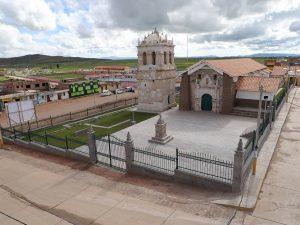 Restauran Templo San Andrés de Atuncolla en Puno