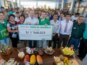 """San Martín: Devida entrega """"cheque del desarrollo"""" a la provincia de Huallaga"""