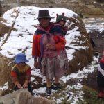 Entregan ayuda a personas afectadas por bajas temperaturas en Ayacucho