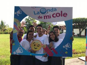 """Escolares de Iquitos y Huancavelica se ponen la camiseta de """"La onda de mi cole"""""""