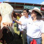 Ministra Muñoz: Gobierno apoyará a productores cajamarquinos a poner en valor productos lácteos