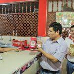 Autoridades de Tocache cambiaron café de empresas nacionales por café tocachino