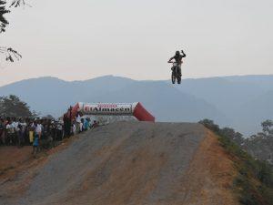 Gran rally y motocross fue la sensación en el Vraem