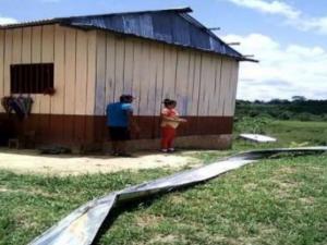 Entregan bienes de ayuda humanitaria por vientos fuertes en Junín, Loreto y Ayacucho