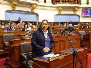 Ministra Muñoz: Pequeños productores de sierra y selva se podrán beneficiar con la norma