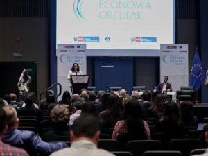 """Ministra Muñoz: """"No queremos solo negocios verdes, sino negocios rentables que apliquen la economía circular"""""""