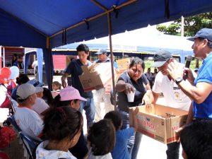 Desarrollan jornada navideña a favor de centro poblado en Madre de Dios